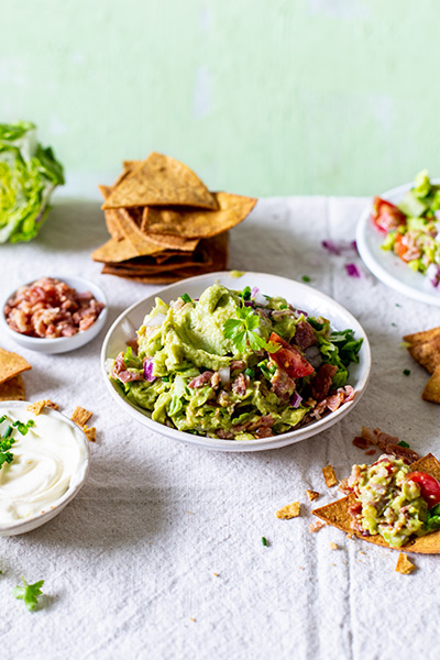 Spicy BLT Guacamole with Tortilla Chips