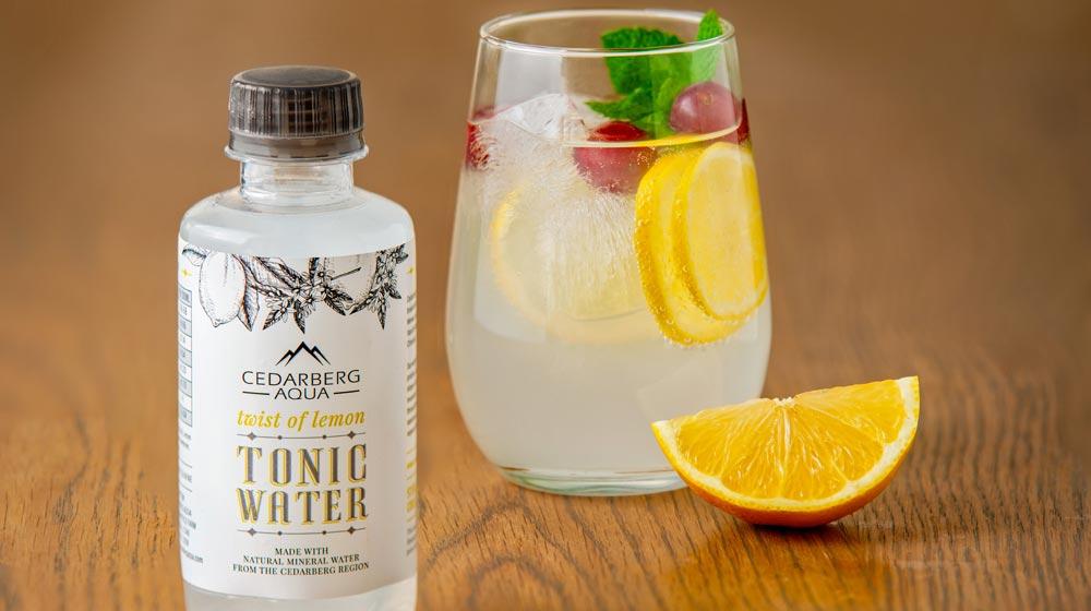 Cedarberg Aqua twist of lemon tonic water with gin