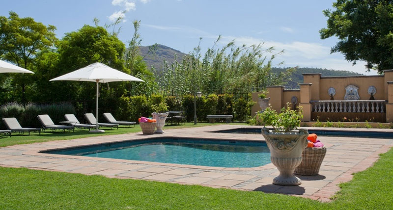 Franschhoek Country House pool area