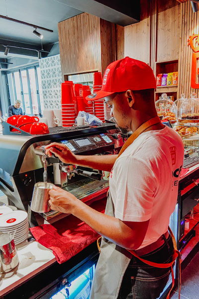 majimbo vibes vida e caffe
