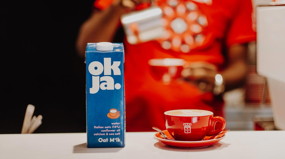 Food Trends of 2020 milk alternatives - oat milk at Vida