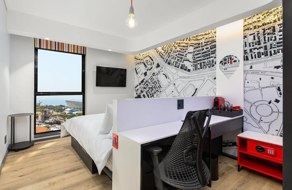 Desk Area Best Western Cape Town