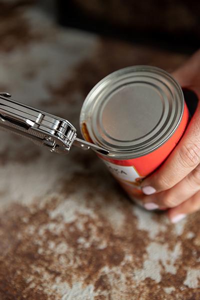 Leatherman® FREE™ P2 tin opener